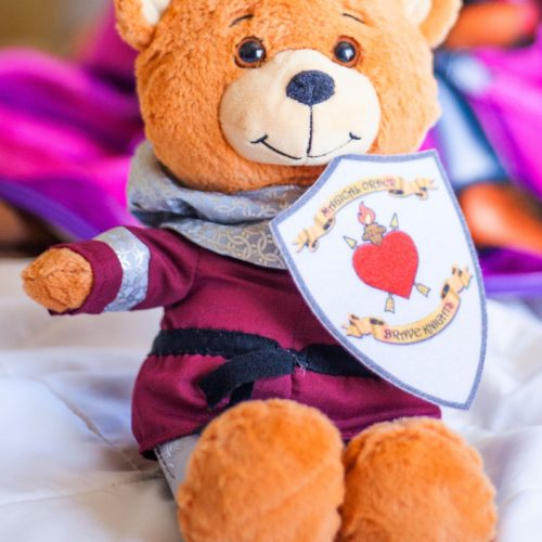 Sir William will sooth and bring comfort to your Prince or Princess!